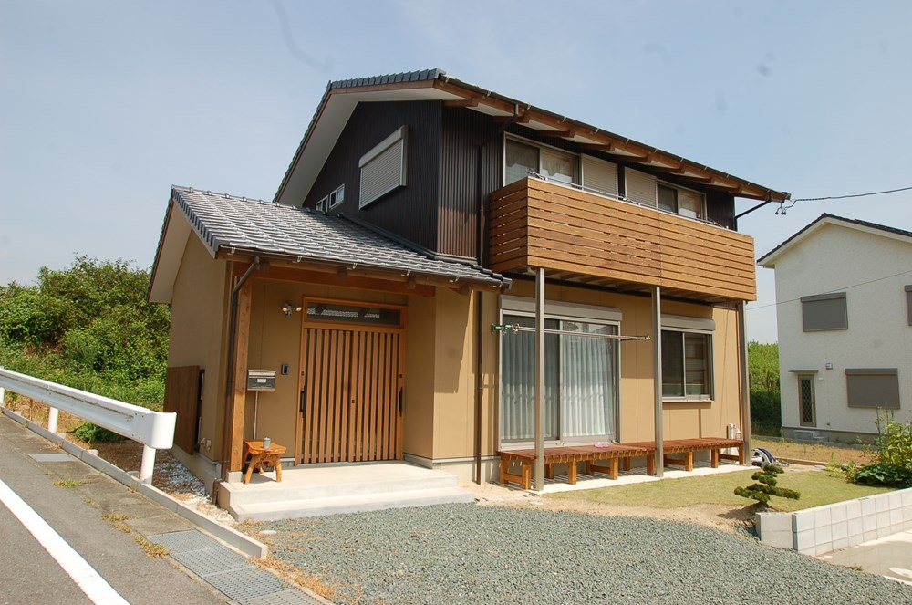 自然の温もりを楽しむ木の家