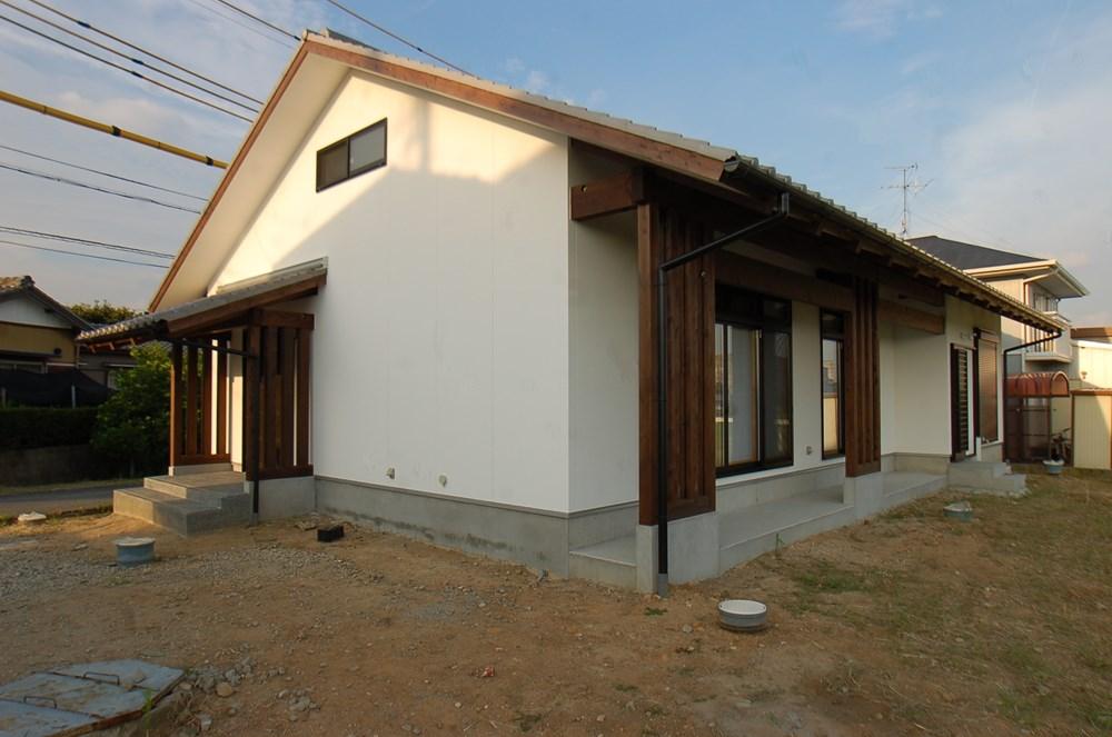 10寸の通し柱と暮らす家